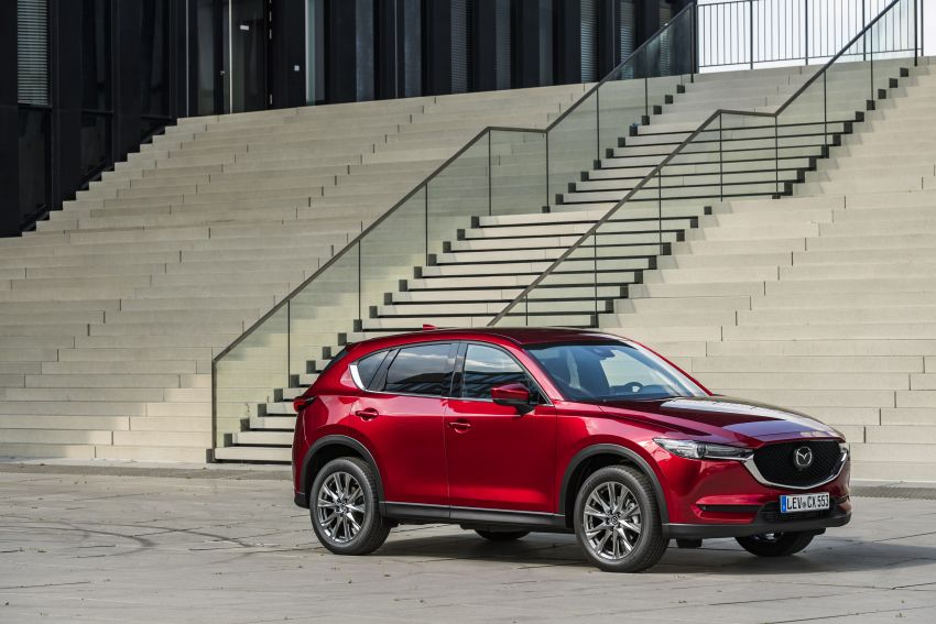 2020 Mazda CX-5 in Europe – new Polymetal Grey, cylinder deactivation, improved refinement and safety Image #1137403