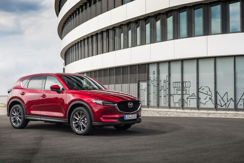 2020 Mazda CX-5 in Europe – new Polymetal Grey, cylinder deactivation, improved refinement and safety Image #1137408