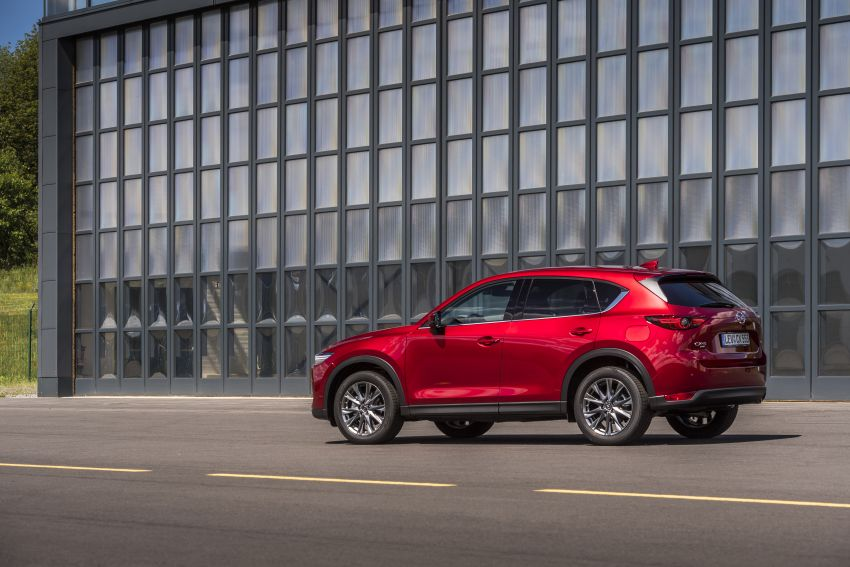 2020 Mazda CX-5 in Europe – new Polymetal Grey, cylinder deactivation, improved refinement and safety Image #1137420