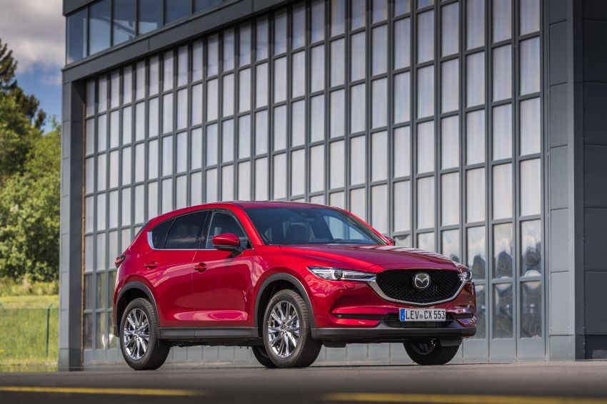2020 Mazda CX-5 in Europe – new Polymetal Grey, cylinder deactivation, improved refinement and safety Image #1137423