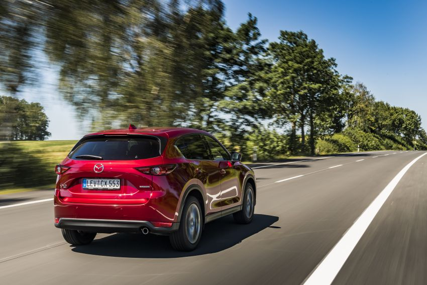 2020 Mazda CX-5 in Europe – new Polymetal Grey, cylinder deactivation, improved refinement and safety Image #1137389