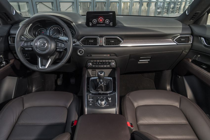 2020 Mazda CX-5 in Europe – new Polymetal Grey, cylinder deactivation, improved refinement and safety Image #1137444