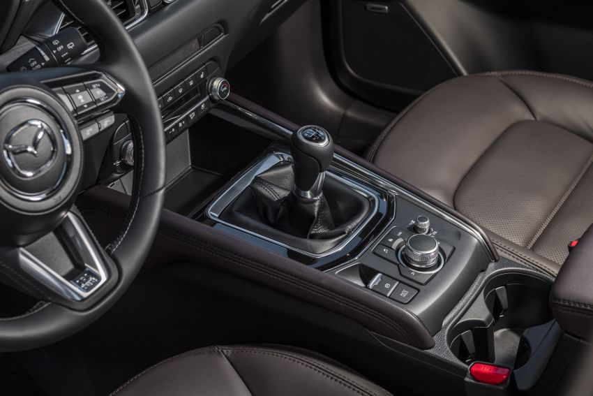 2020 Mazda CX-5 in Europe – new Polymetal Grey, cylinder deactivation, improved refinement and safety Image #1137448