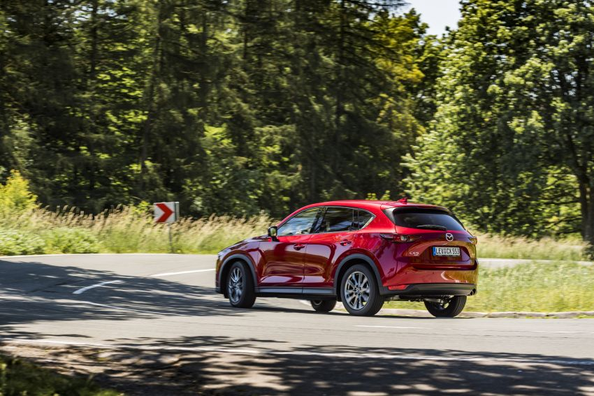2020 Mazda CX-5 in Europe – new Polymetal Grey, cylinder deactivation, improved refinement and safety Image #1137392