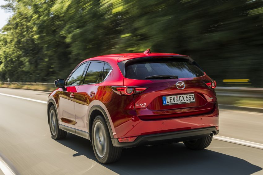 2020 Mazda CX-5 in Europe – new Polymetal Grey, cylinder deactivation, improved refinement and safety Image #1137395