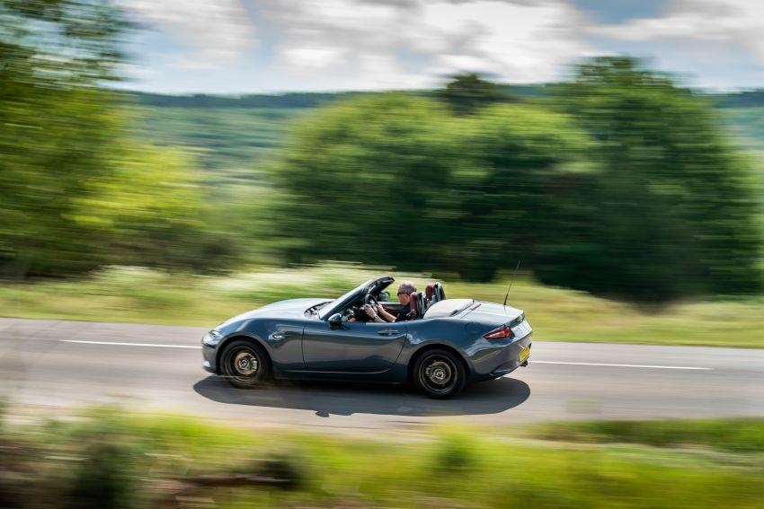 2020 Mazda MX-5 R Sport debuts in the UK – RM146k Image #1133551