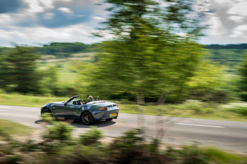 2020 Mazda MX-5 R Sport debuts in the UK – RM146k Image #1133553