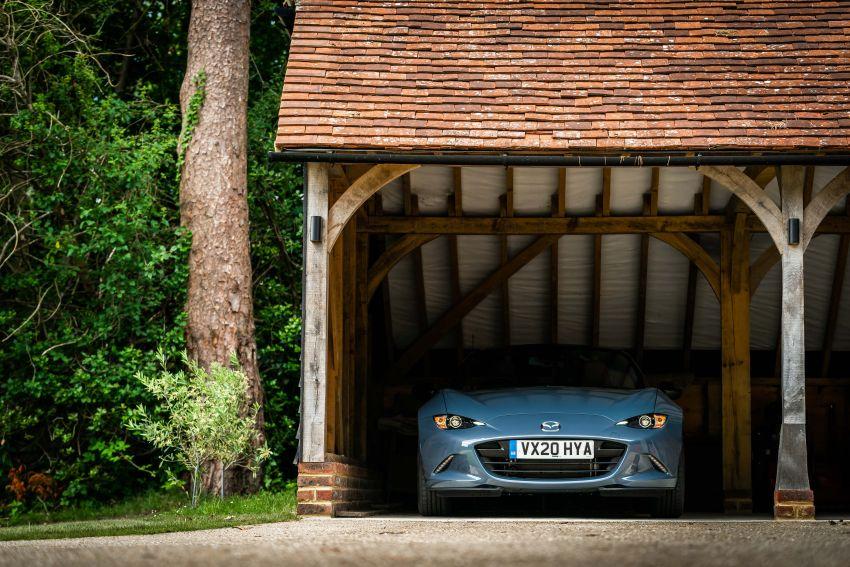 2020 Mazda MX-5 R Sport debuts in the UK – RM146k Image #1133560