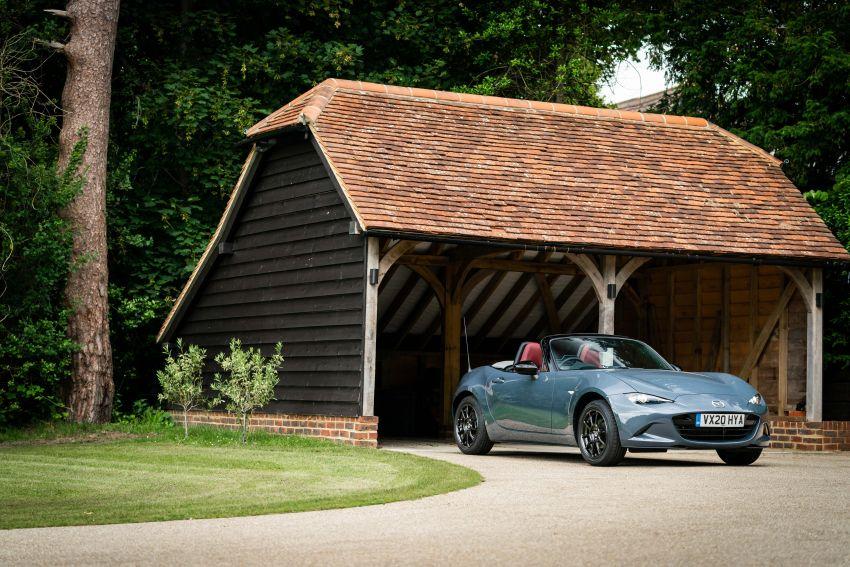 2020 Mazda MX-5 R Sport debuts in the UK – RM146k Image #1133562