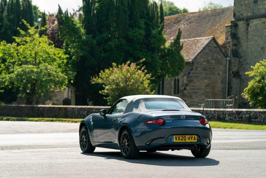 2020 Mazda MX-5 R Sport debuts in the UK – RM146k Image #1133539