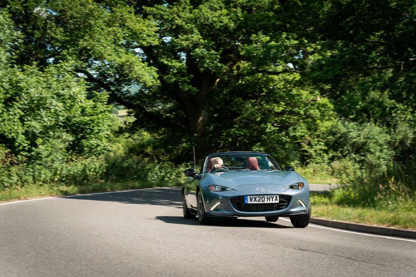 2020 Mazda MX-5 R Sport debuts in the UK – RM146k Image #1133595