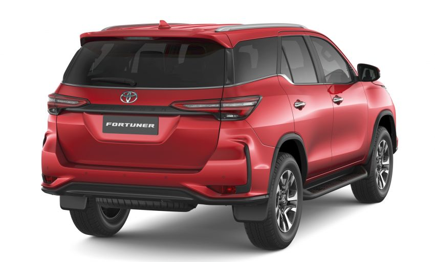 2020 Toyota Fortuner facelift revealed – 2.8L with 204 PS, 500 Nm, Thailand gets Legender with sporty face Image #1126773