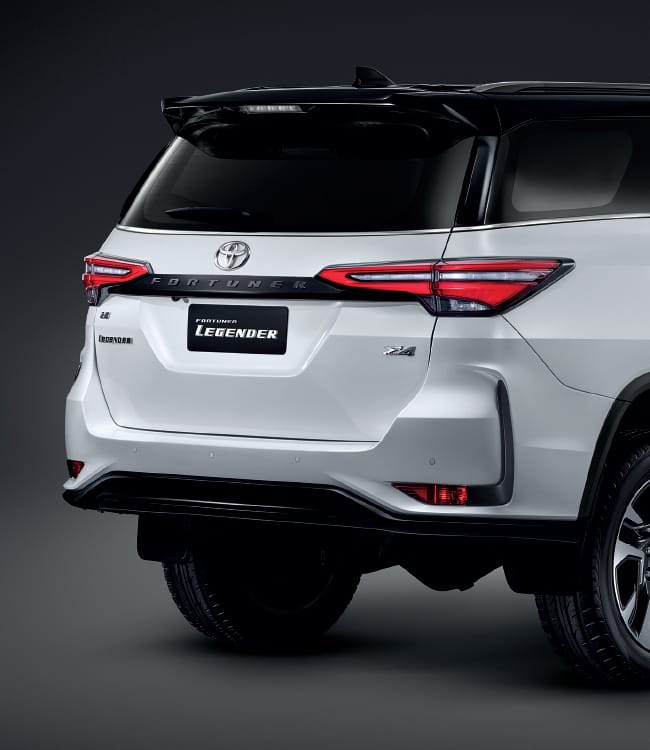 2020 Toyota Fortuner facelift revealed – 2.8L with 204 PS, 500 Nm, Thailand gets Legender with sporty face Image #1126737