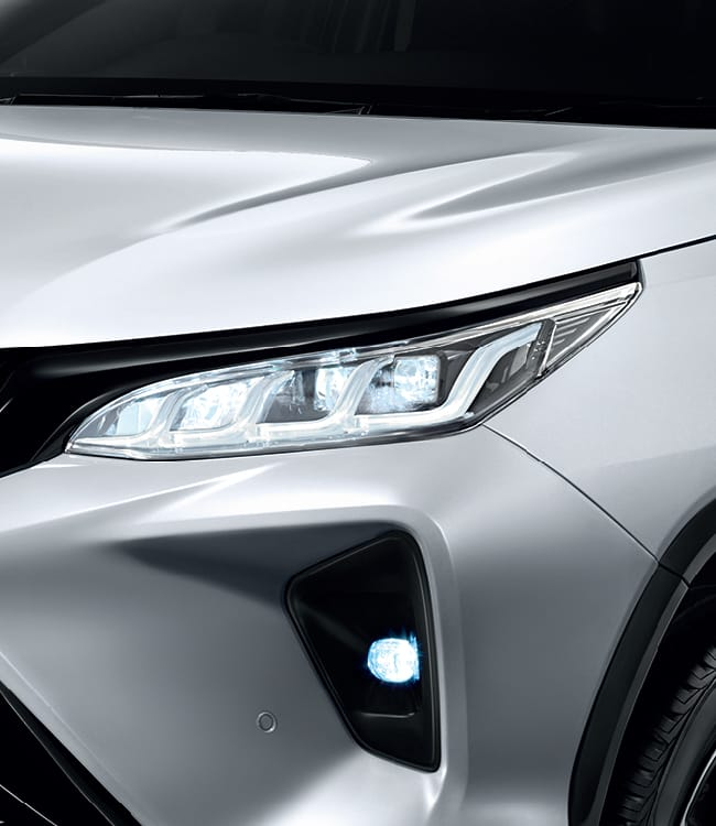 2020 Toyota Fortuner facelift revealed – 2.8L with 204 PS, 500 Nm, Thailand gets Legender with sporty face Image #1126740