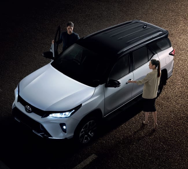 2020 Toyota Fortuner facelift revealed – 2.8L with 204 PS, 500 Nm, Thailand gets Legender with sporty face Image #1126742