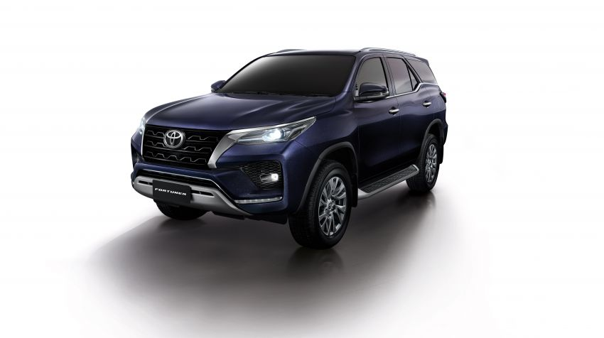 2020 Toyota Fortuner facelift revealed – 2.8L with 204 PS, 500 Nm, Thailand gets Legender with sporty face Image #1160419