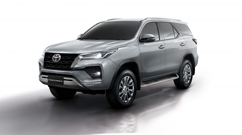 2020 Toyota Fortuner facelift revealed – 2.8L with 204 PS, 500 Nm, Thailand gets Legender with sporty face Image #1160420