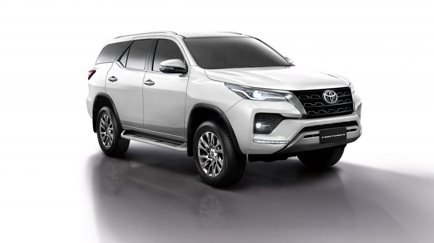 2020 Toyota Fortuner facelift revealed – 2.8L with 204 PS, 500 Nm, Thailand gets Legender with sporty face Image #1160421