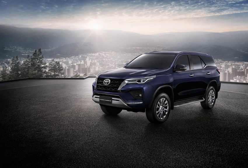 2020 Toyota Fortuner facelift revealed – 2.8L with 204 PS, 500 Nm, Thailand gets Legender with sporty face Image #1160424