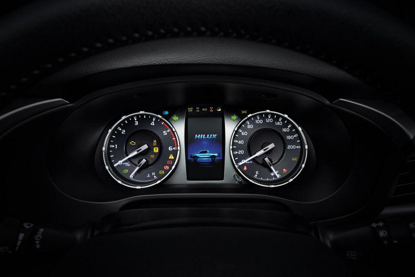 Toyota Hilux facelift didedahkan – rupa lebih garang, model 2.8L turbodiesel terima kuasa 204 hp/500 Nm Image #1127557