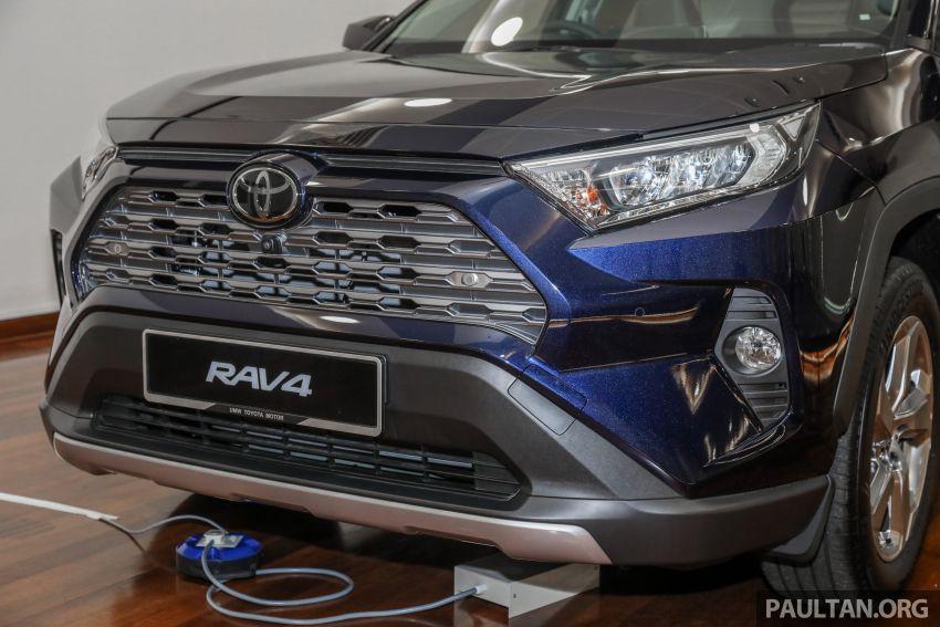 Toyota RAV4 2020 kini di M'sia — CBU Jepun, Toyota Safety Sense, 2.0L CVT RM197k, 2.5L 8AT RM216k Image #1132274