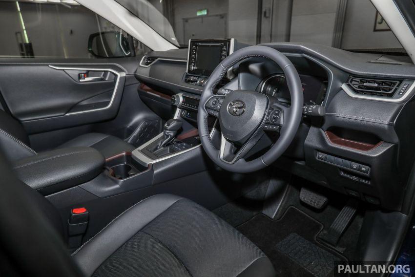 Toyota RAV4 2020 kini di M'sia — CBU Jepun, Toyota Safety Sense, 2.0L CVT RM197k, 2.5L 8AT RM216k Image #1132301