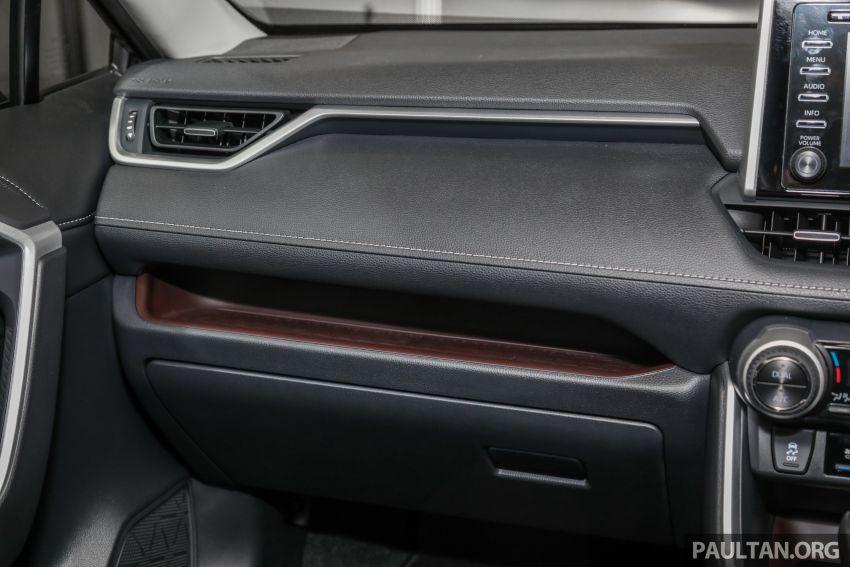 Toyota RAV4 2020 kini di M'sia — CBU Jepun, Toyota Safety Sense, 2.0L CVT RM197k, 2.5L 8AT RM216k Image #1132321