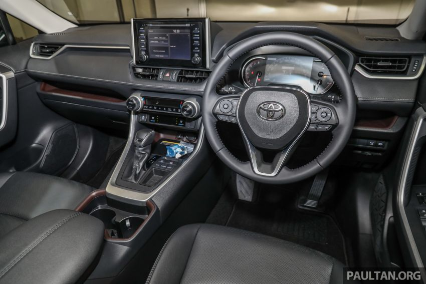 2020 Toyota RAV4 SUV launched in Malaysia – CBU Japan, 2.0L CVT RM196,500, 2.5L 8AT RM215,700 Image #1132056