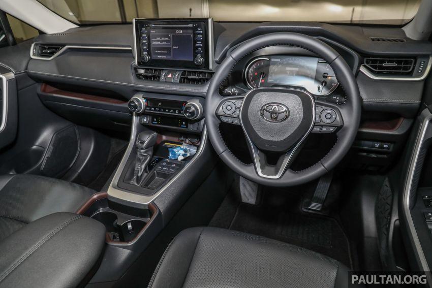 Toyota RAV4 2020 kini di M'sia — CBU Jepun, Toyota Safety Sense, 2.0L CVT RM197k, 2.5L 8AT RM216k Image #1132326