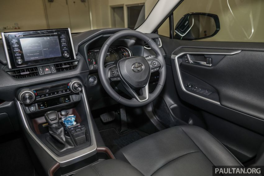 2020 Toyota RAV4 SUV launched in Malaysia – CBU Japan, 2.0L CVT RM196,500, 2.5L 8AT RM215,700 Image #1132057