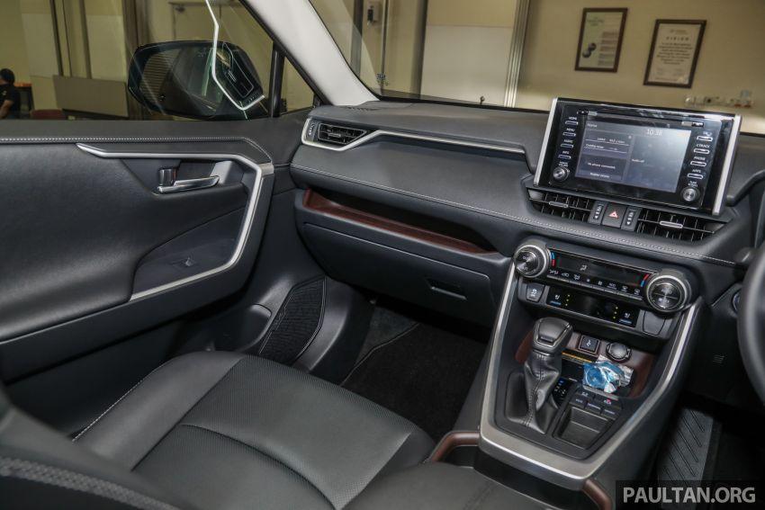 Toyota RAV4 2020 kini di M'sia — CBU Jepun, Toyota Safety Sense, 2.0L CVT RM197k, 2.5L 8AT RM216k Image #1132328