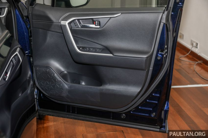 2020 Toyota RAV4 SUV launched in Malaysia – CBU Japan, 2.0L CVT RM196,500, 2.5L 8AT RM215,700 Image #1132064
