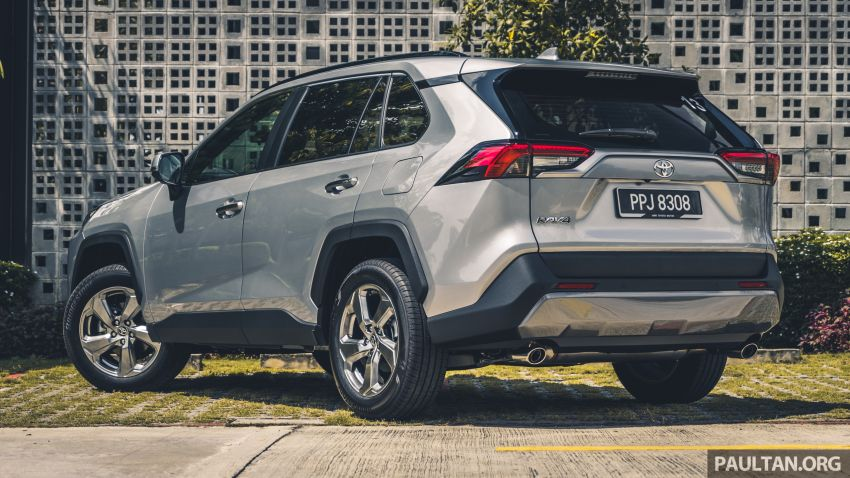 2020 Toyota RAV4 SUV launched in Malaysia – CBU Japan, 2.0L CVT RM196,500, 2.5L 8AT RM215,700 Image #1132247