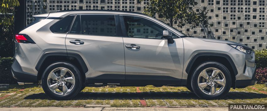 2020 Toyota RAV4 SUV launched in Malaysia – CBU Japan, 2.0L CVT RM196,500, 2.5L 8AT RM215,700 Image #1132248
