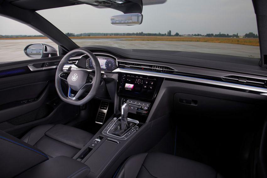 Volkswagen Arteon <em>facelift</em> 2020 diperkenal — varian PHEV dan 320 PS R baru serta model Shooting Brake Image #1135402