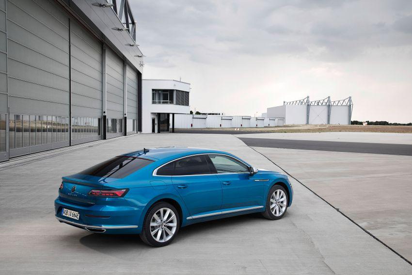 2020 Volkswagen Arteon facelift debuts – new PHEV and 320 PS R variants, Shooting Brake model added Image #1134993