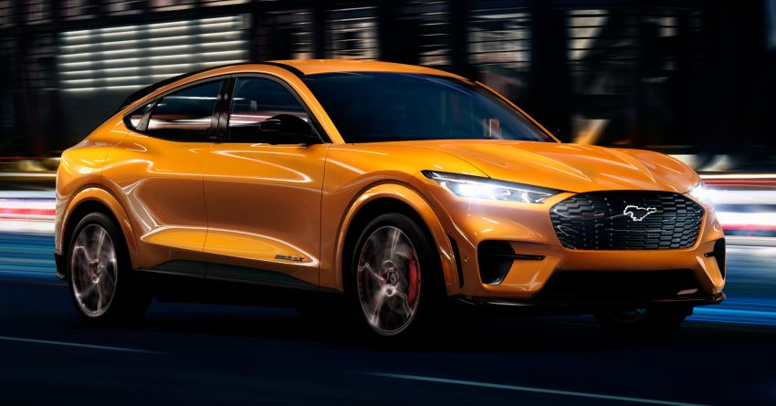 2021 Mustang Mach-E gets new Cyber Orange finish Image #1129372