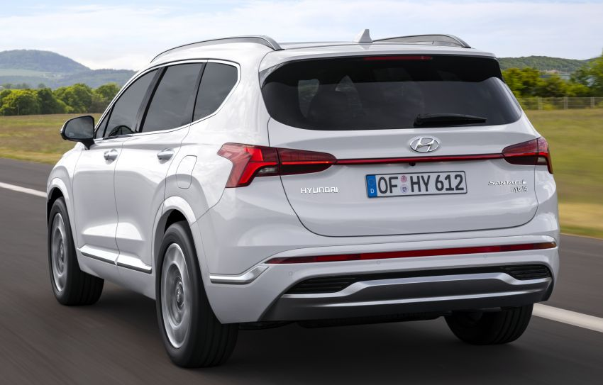 2021 Hyundai Santa Fe facelift revealed – SUV sports bold front end, redesigned cabin, new platform Image #1126179