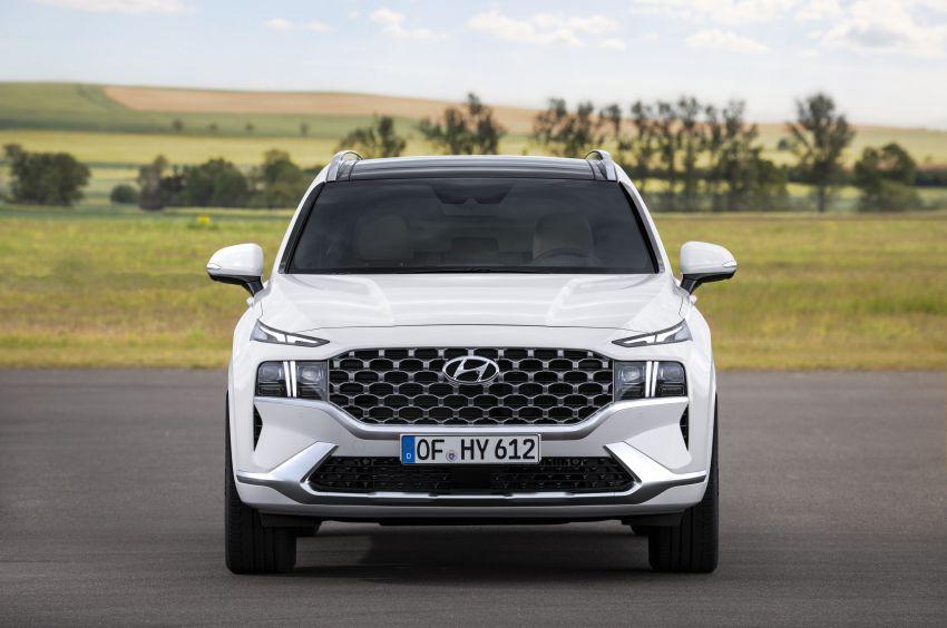 2021 Hyundai Santa Fe facelift revealed – SUV sports bold front end, redesigned cabin, new platform Image #1126185