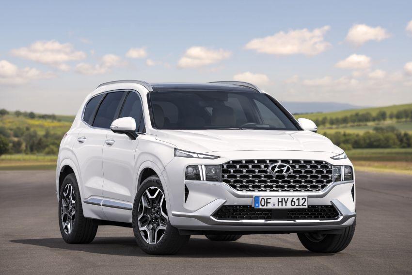 2021 Hyundai Santa Fe facelift revealed – SUV sports bold front end, redesigned cabin, new platform Image #1126175