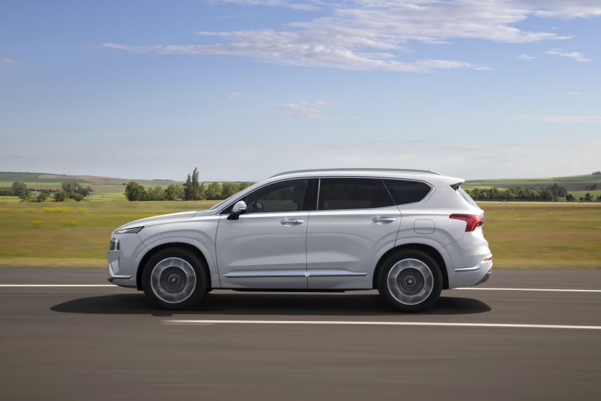 2021 Hyundai Santa Fe facelift revealed – SUV sports bold front end, redesigned cabin, new platform Image #1126176