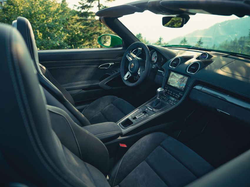 2021 Porsche 718 Boxster and Cayman updated in the US – better kit, 7-speed PDK option across the board Image #1135698