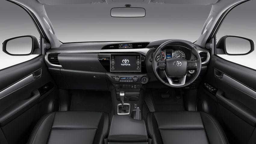 Toyota Hilux facelift didedahkan – rupa lebih garang, model 2.8L turbodiesel terima kuasa 204 hp/500 Nm Image #1126482
