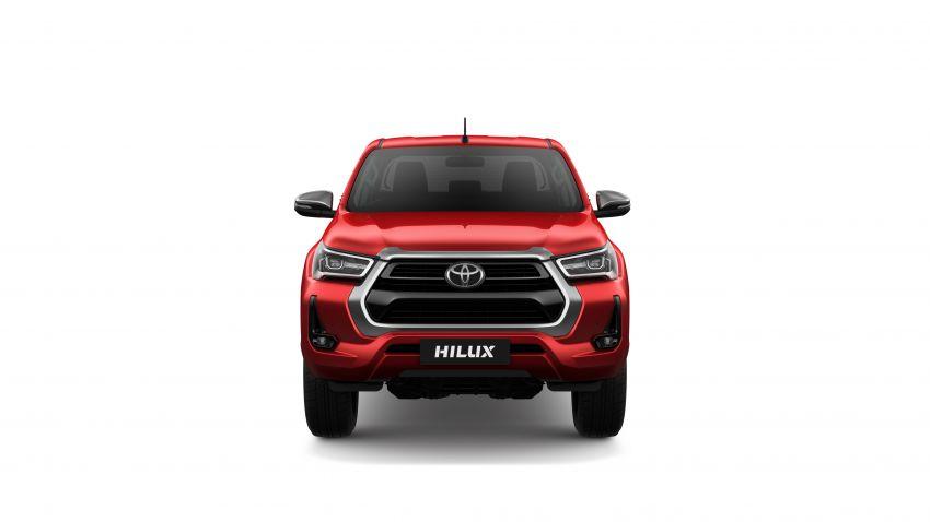 Toyota Hilux facelift didedahkan – rupa lebih garang, model 2.8L turbodiesel terima kuasa 204 hp/500 Nm Image #1126488