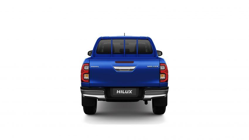 Toyota Hilux facelift didedahkan – rupa lebih garang, model 2.8L turbodiesel terima kuasa 204 hp/500 Nm Image #1126493