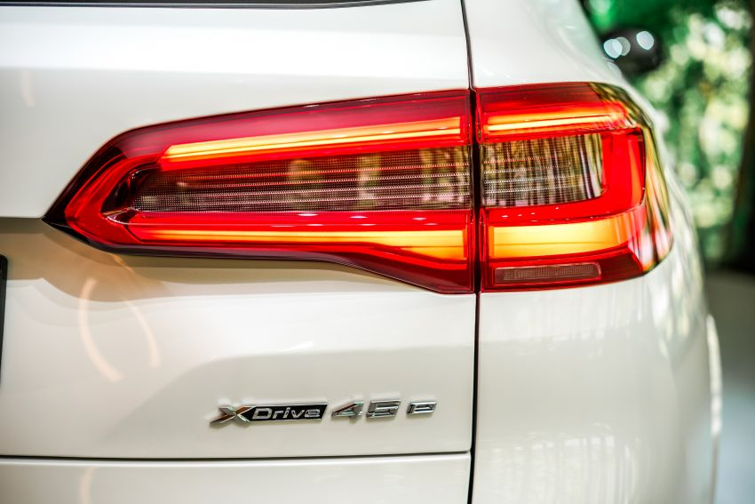 2020 BMW X5 xDrive45e PHEV launched – 3.0L turbo, 394 PS, 77 km electric range, RM441k without SST Image #1132113