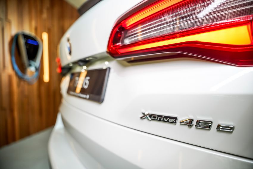 2020 BMW X5 xDrive45e PHEV launched – 3.0L turbo, 394 PS, 77 km electric range, RM441k without SST Image #1132115