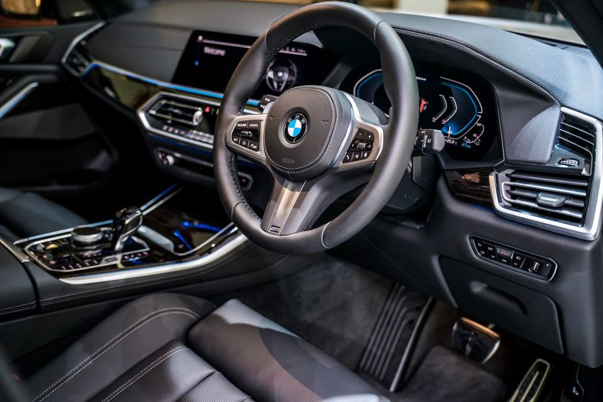 2020 BMW X5 xDrive45e PHEV launched – 3.0L turbo, 394 PS, 77 km electric range, RM441k without SST Image #1132070