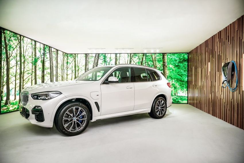 2020 BMW X5 xDrive45e PHEV launched – 3.0L turbo, 394 PS, 77 km electric range, RM441k without SST Image #1132105