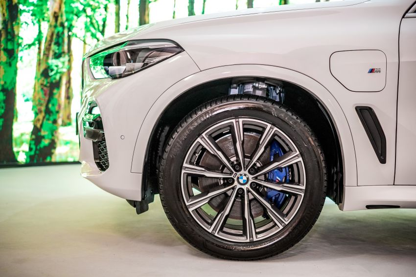 2020 BMW X5 xDrive45e PHEV launched – 3.0L turbo, 394 PS, 77 km electric range, RM441k without SST Image #1132110